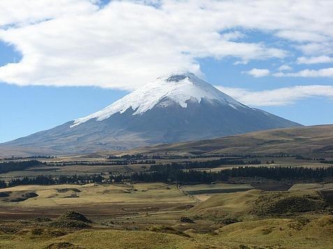 30_1256863834_volcan-cotopaxi.jpg